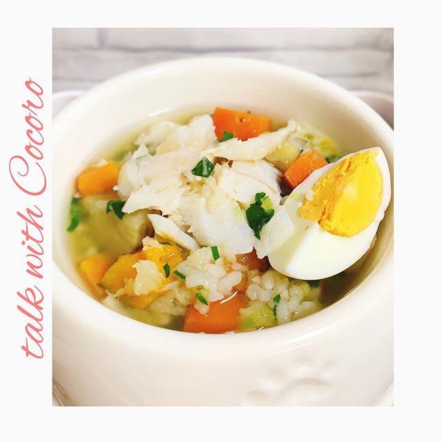 たらたらたら今日のごはんはたらをトースターで焼きました鱈はたんぱく質が豊富で低脂肪。ダイエット中のわんちゃんにもオススメです。薬膳では気、血を補うと考えます。#ペット食育 #ペットライフコミュニケーター #上恵野倖子 (Instagram)
